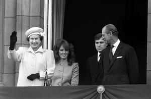 Sarah, Andrew and the Queen and the Duke of Edinburgh in 1986 (PA)