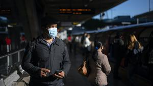 Wearing face masks at home might help curb spread of coronavirus, a study has said (Victoria Jones/PA)