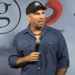 Country superstar Garth Brooks has axed his Dublin comeback concerts over a licensing row