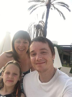 Andy McLennan, with his wife Gillian and daughter Isla, had to give up drinking after being diagnosed with haemochromatosis (University of Exeter/PA).