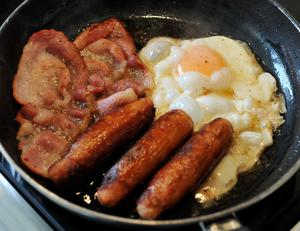 The price of an Ulster fry - a key economic indicator in Northern Ireland's agri-food sector - has fallen for the second year in a row. (Nick Ansell/PA)