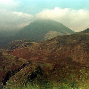 A man has died following a fall near Mount Snowdon, police said