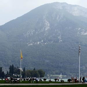 A British coach driver died after a crash in the French Alps, police have said