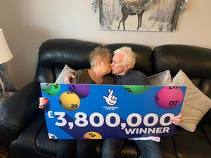 Diane and Michael Bate celebrate their £3.8m Lotto jackpot (National Lottery/PA)