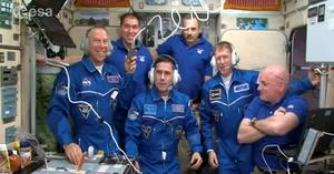 Mission: Major Peake (second from right) in the space station