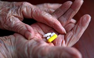 Statins have been shown to cut cholesterol (Peter Byrne/PA)