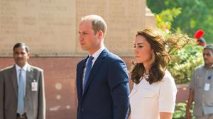 The Duke and Duchess of Cambridge pay their respects at the India Gate