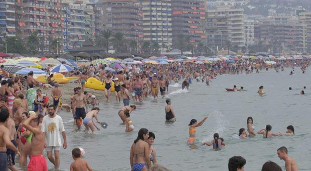 British family drowns in hotel swimming pool in Costa del Sol
