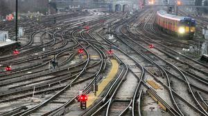 A power supply problem has led to a second day of problems at Clapham Junction
