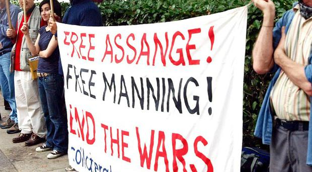 Pro-Manning demonstrators outside the American Embassy in London