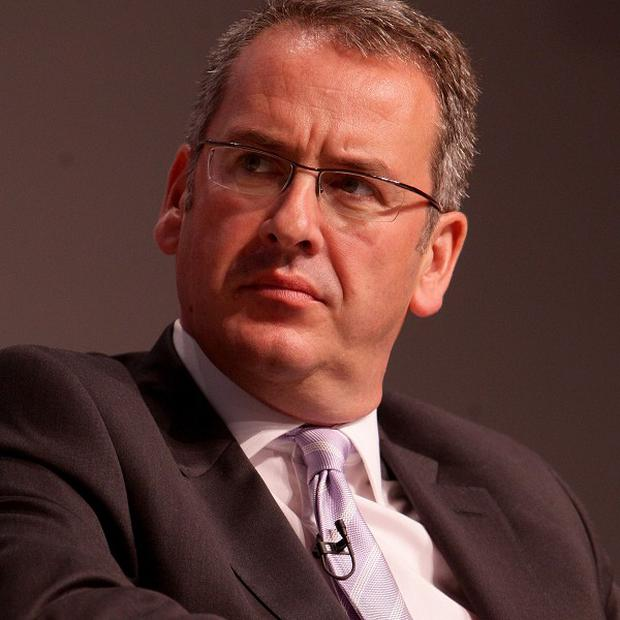 Employment Minister Mark Hoban has said jobseekers must prove they are doing everything they can to find a job