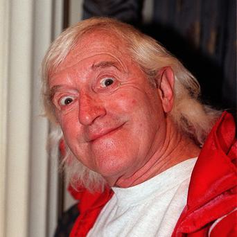 Complaints about Jimmy Savile made to different police forces while the TV presenter was still alive were not able to be shared by detectives