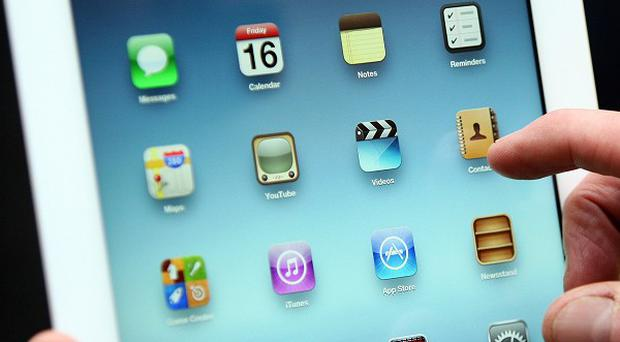The app, named Summly, offers users a quick and easy way of finding news stories on the internet