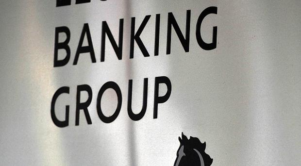Lloyds Banking Group's deal to sell branches to the Co-operative Group has collapsed