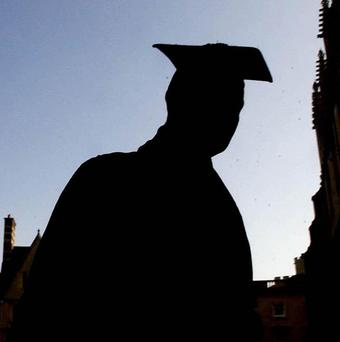 Researchers say studying for a degree at an English university is still more like a part-time job than a full-time one