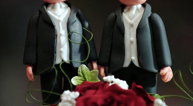 The move to extend civil partnerships to heterosexual couples was easily defeated in a free vote by a large majority of 370