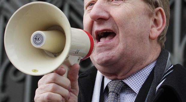 Unite general secretary Len McCluskey has accused Labour of seeking a 'punch up' with the union