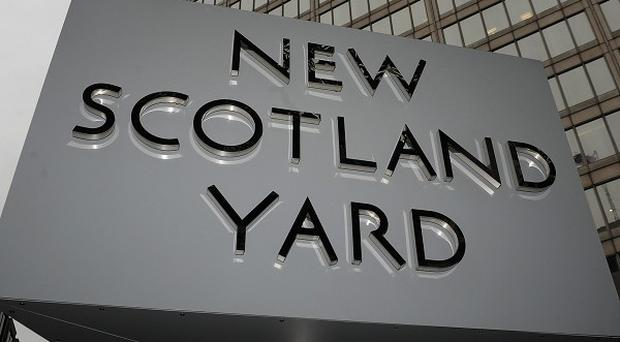 The Independent Police Complaints Commission said it had given Scotland Yard a seven-day ultimatum