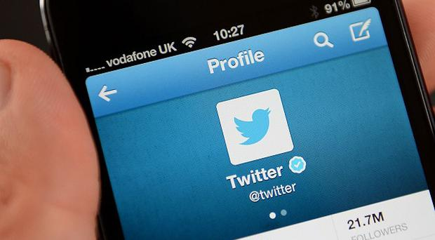 Social network Twitter plans to float on the stock market