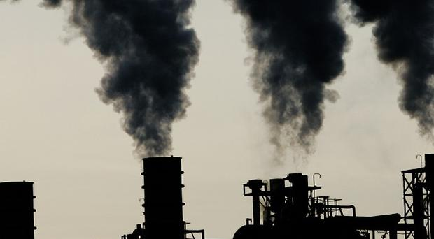 Workers at Grangemouth oil refinery will go on strike.