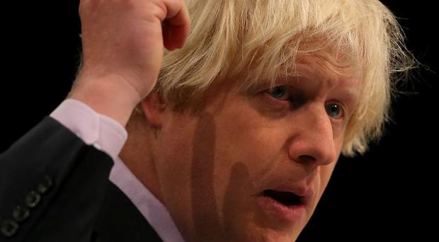 London Mayor Boris Johnson has called on newspapers to shun the Government's proposed royal charter on press regulation