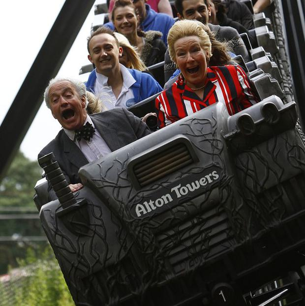 Merlin Entertainments, the company behind attractions including Alton Towers, has announced plans to float on the London stock market
