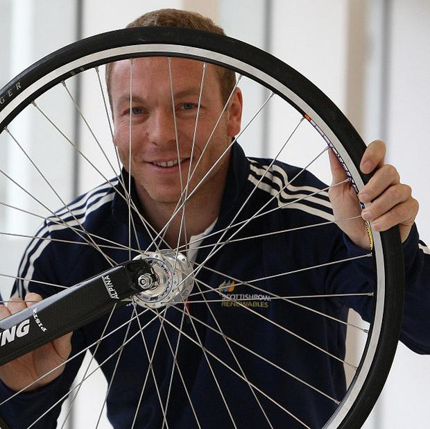 Sir Chris Hoy is backing a new partnership to encourage people with poor mental health to do exercise