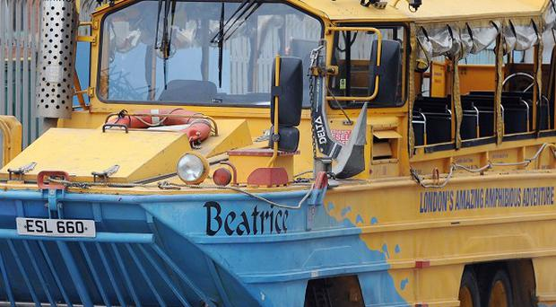 A problem with foam for providing buoyancy was at the centre of amphibious tourist vehicle accidents in Liverpool and London, said the Marine Accident Investigation Branch