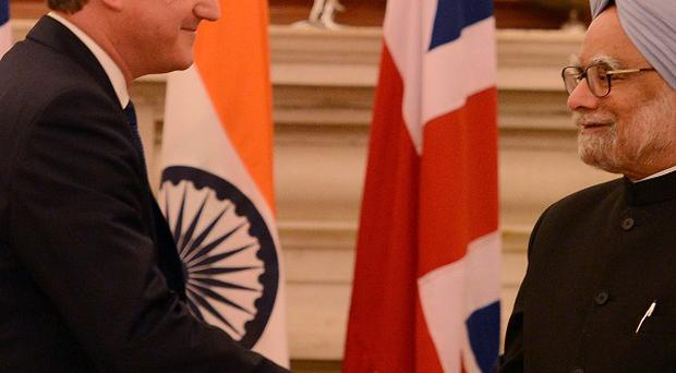 David Cameron is to mee with Indian prime minister Manmohan Singh