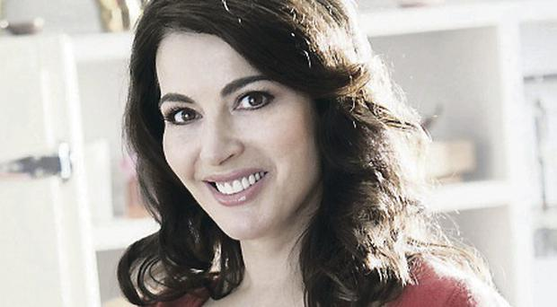 Nigella Lawson reached out to her fans by posting a recipe for holiday hotcake on Twitter