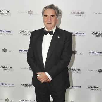Downton Abbey actor Jim Carter has hit out at a 'Tory cabinet full of Old Etonians'