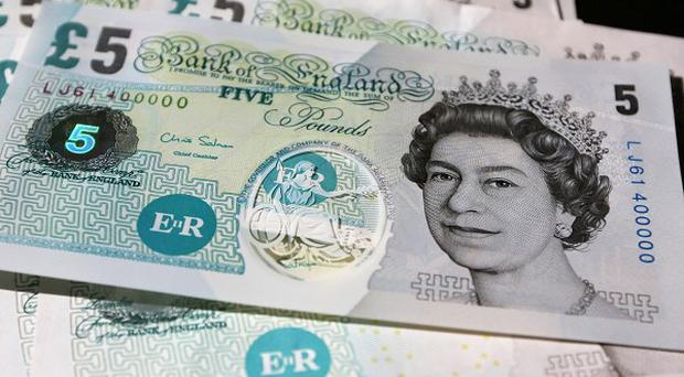 Polymer five pound banknotes were previewed as part of part of a Bank of England consultation on plans to issue plastic bank notes in September