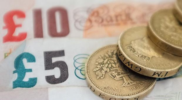 Local councils in England are facing a 2.9% cut in overall Government funding for 2014/15, it has been announced.