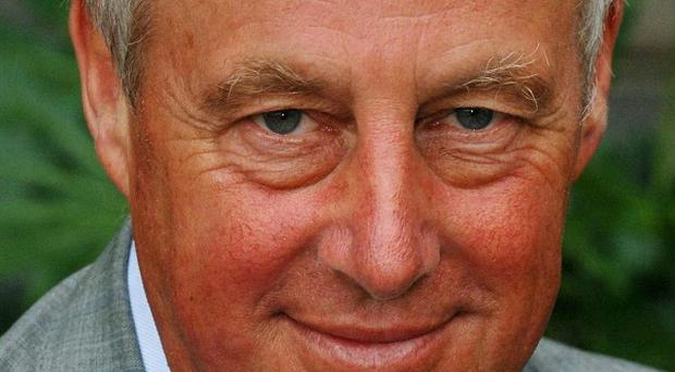 Tim Yeo has warned David Cameron that EU 'obsessives' could wreck the Tories' chances in the 2015 election