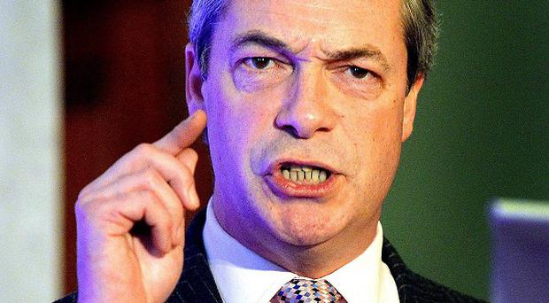 Nigel Farage says Ukip would be ready to enter coalition with either Conservatives or Labour in return for a referendum on membership of the European Union