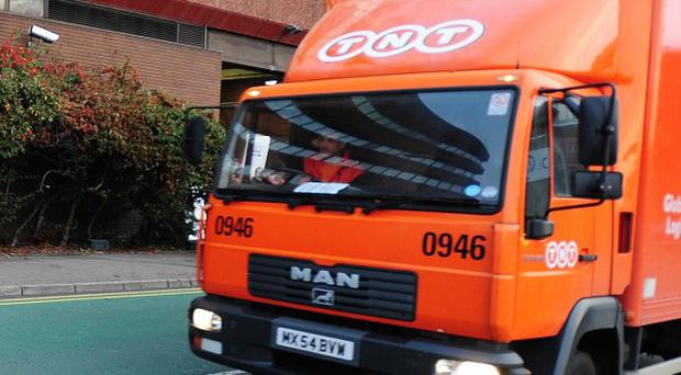 Postal firm TNT is to create 400 new jobs in the capital