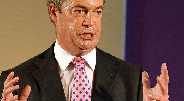 Nigel Farage will tell the Ukip spring conference the party now poses the biggest threat to the