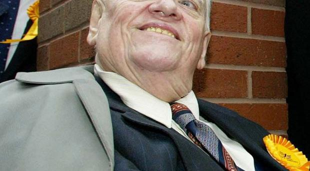 Child abuse allegations against Sir Cyril Smith were raised on the floor at a Liberal party conference, the MP who investigated the scandal claims