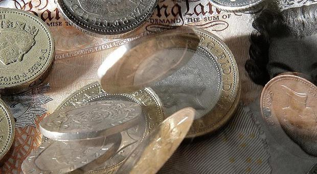 Public sector pay rises have slipped back by 0.5% to a median 2%, according to XpertHR