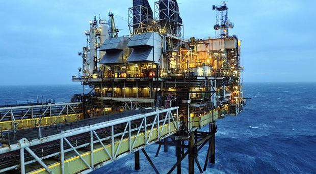 Alistair Darling has criticised Scottish Government plans to set up an oil fund