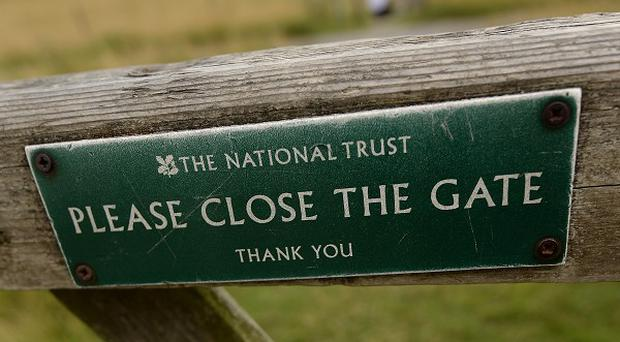 The National Trust wants to buy Bantham beach and the Avon estuary in south Devon