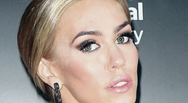 Conned: Petra Stunt