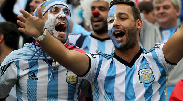 Fans of Argentina and Germany living in the UK are gathering to watch the World Cup final