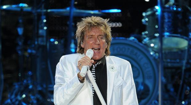 Rod Stewart was an inspiration to Jon when he was growing up, according to the folk singer