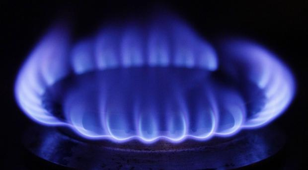 A major energy-efficiency drive could cut Europe's dependence on Russian gas, a think-tank has said