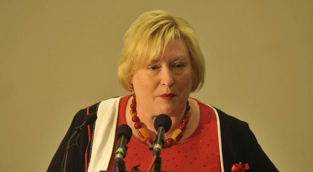 Welsh Minister for Economy, Science and Transport Edwina Hart said the collapse of a deal aimed at securing the future of the Murco refinery at Milford Haven in West Wales was