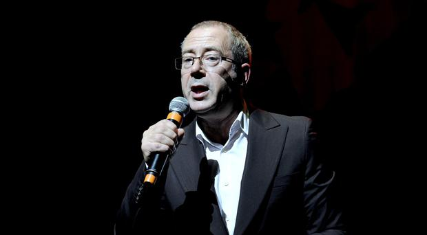 Ben Elton has complained that the pop and theatre worlds are in