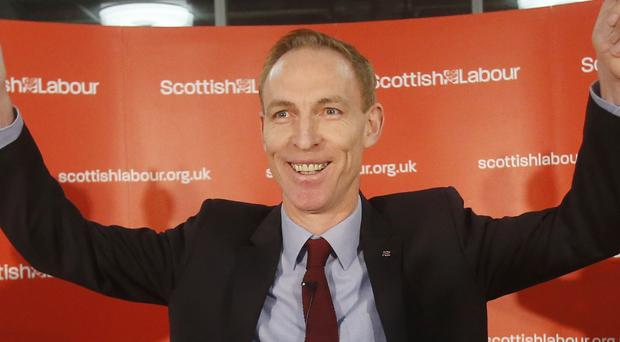 Scottish Labour leader Jim Murphy is to move every one of his shadow cabinet team in a radical reshuffle