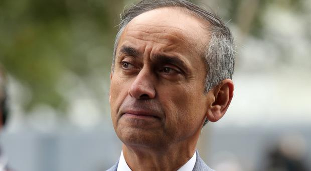 Former health minister Lord Darzi says making lifestyle changes in middle age is key to preventing dementia