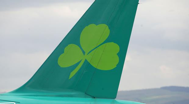 Aer Lingus has backed a 1 billion pounds takeover offer from British Airways parent company IAG